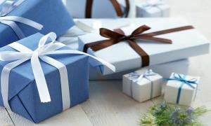 Tưng bừng khai trương, ngập tràn quà tặng